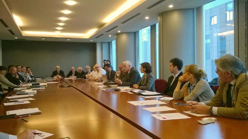 Un momento dei lavori tra le delegazioni italiana e marocchina e dell'intervento dell'ambasciatore del Marocco presso l'U.E. (al centro a destra)