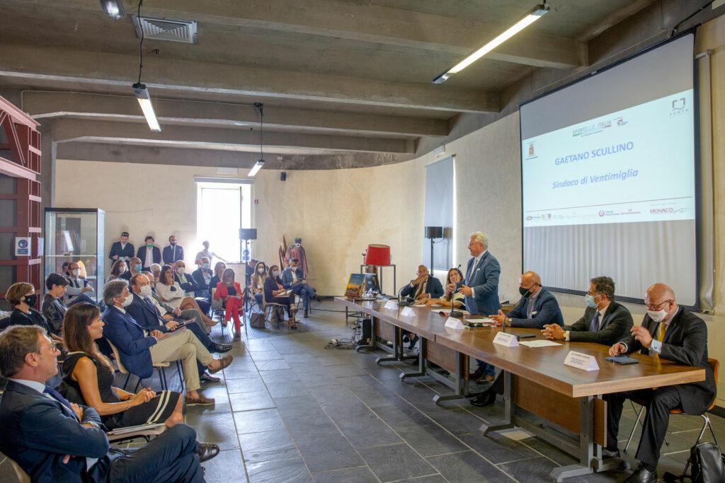 L'intervento del sindaco Gaetano Scullino