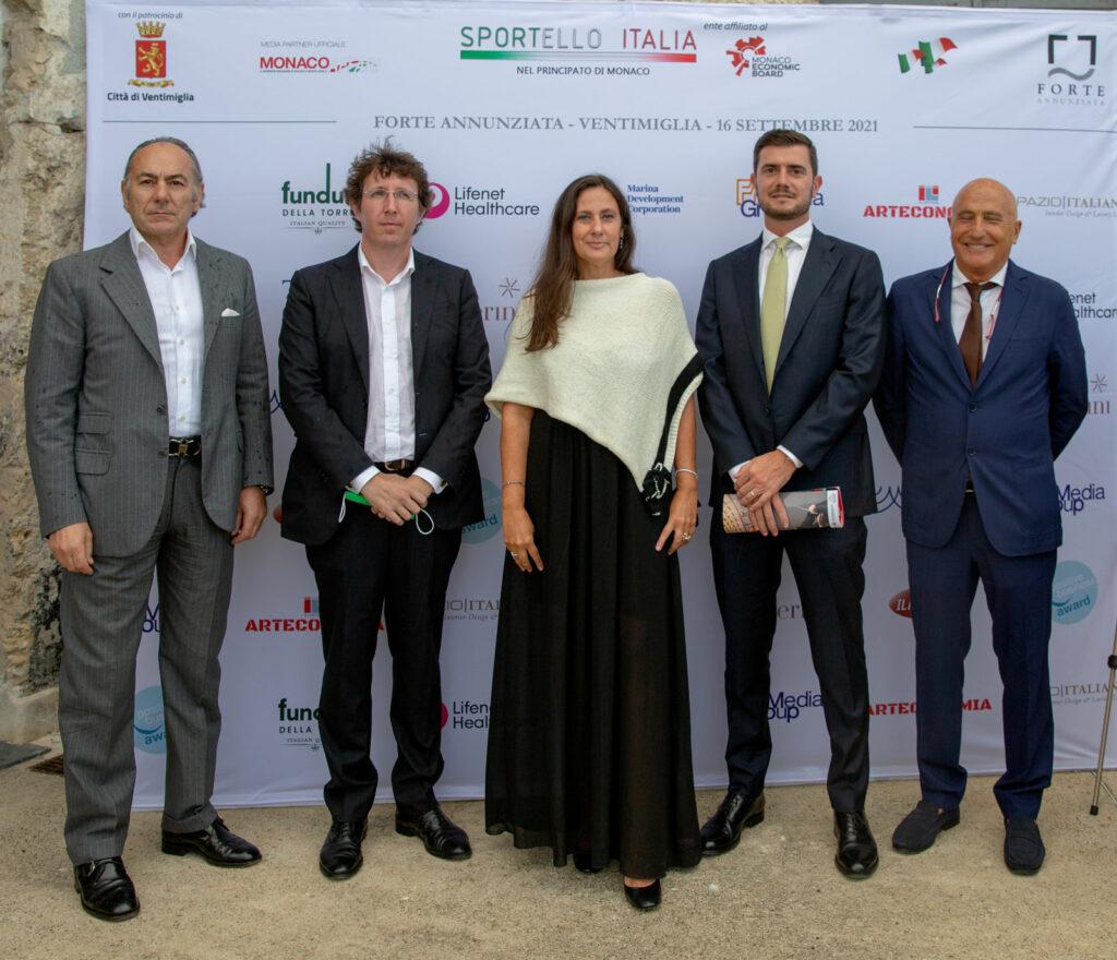 Il board di Sportello Italia con Giuseppe Noto, amministratore delegato di MDC